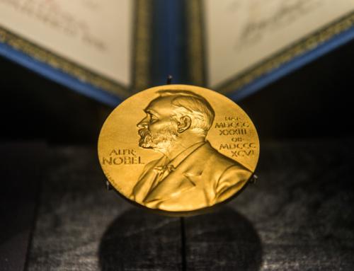 ノーベル賞級仮説に風穴を開けた二大投資法